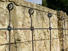 Brock-Metal-Craft-Trellis-2